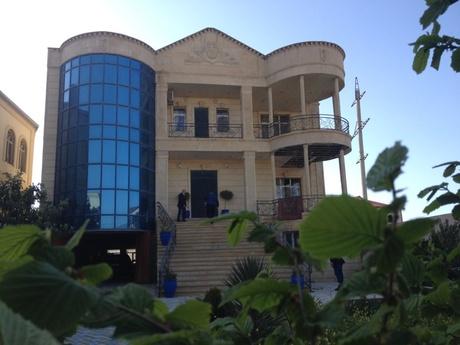 8 otaqlı ev / villa - Badamdar q. - 800 m²