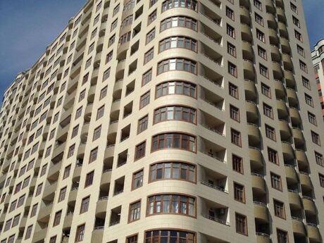 3-комн. новостройка - Насиминский  р. - 124.6 м²