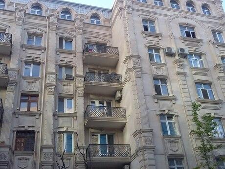 3 otaqlı köhnə tikili - Səbail r. - 114 m²