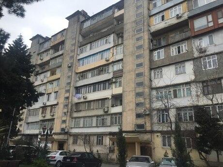 1 otaqlı köhnə tikili - 8-ci mikrorayon q. - 45 m²