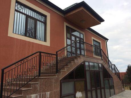 7 otaqlı ev / villa - Buzovna q. - 300 m²