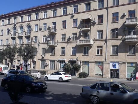 1 otaqlı köhnə tikili - Nizami m. - 26 m²