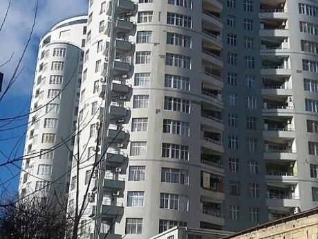 5 otaqlı yeni tikili - Nəsimi r. - 240 m²