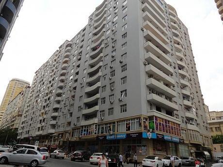 3-комн. новостройка - м. Низами - 138 м²