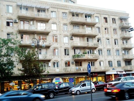 2 otaqlı köhnə tikili - Nizami m. - 37 m²