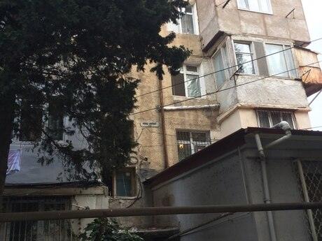 1-комн. вторичка - м. Эльмляр Академиясы - 35 м²