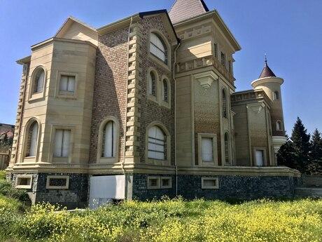 4 otaqlı ev / villa - Bakı - 1700 m²