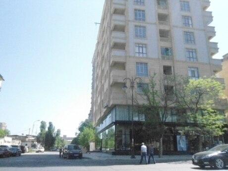 4 otaqlı yeni tikili - Elmlər Akademiyası m. - 177 m²