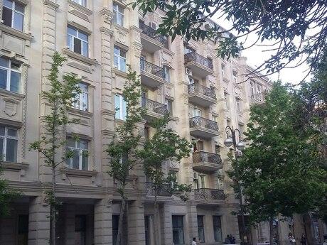 3 otaqlı köhnə tikili - Sahil m. - 97 m²