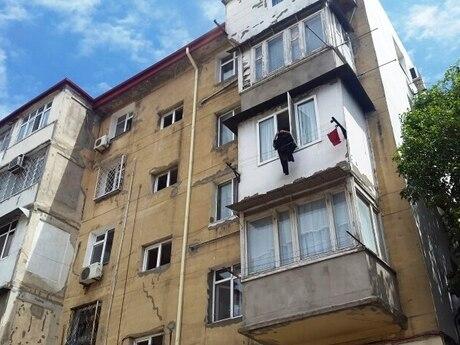 1 otaqlı köhnə tikili - Neftçilər m. - 31.2 m²