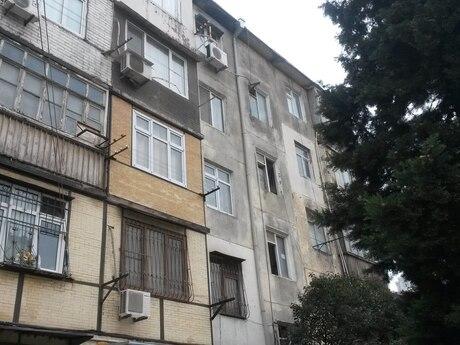 3 otaqlı köhnə tikili - Memar Əcəmi m. - 45 m²