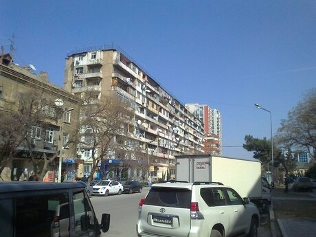 5 otaqlı köhnə tikili - Nəriman Nərimanov m. - 120 m²