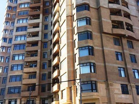 4-комн. новостройка - м. Эльмляр Академиясы - 160 м²