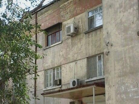 2 otaqlı köhnə tikili - Nəsimi r. - 43 m²