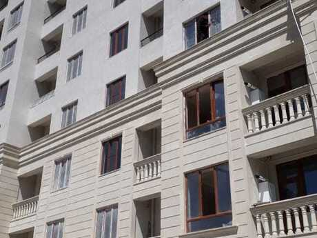 1-комн. новостройка - м. Иншаатчылар - 45 м²