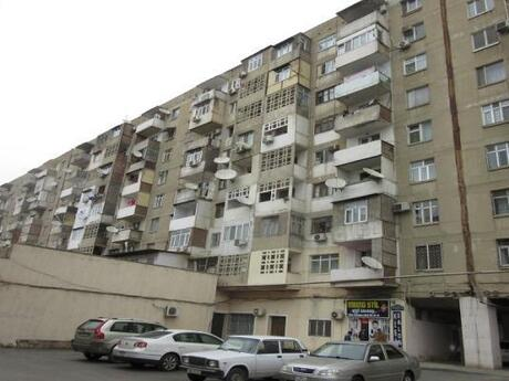 3-комн. вторичка - м. Иншаатчылар - 100 м²