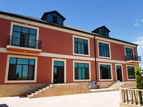 12 otaqlı ev / villa - Buzovna q. - 700 m²