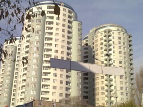 3 otaqlı yeni tikili - Nəsimi r. - 240 m²