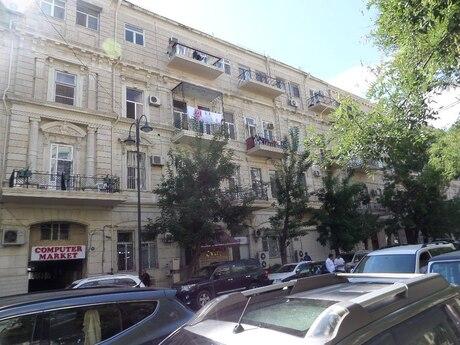 1 otaqlı köhnə tikili - Sahil m. - 44 m²