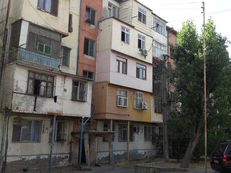 1 otaqlı köhnə tikili - 2-ci mikrorayon q. - 35 m²