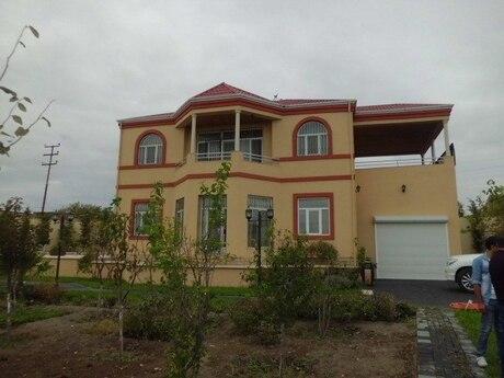 8 otaqlı ev / villa - Pirşağı q. - 280 m²