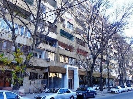 3 otaqlı köhnə tikili - Şah İsmayıl Xətai m. - 95 m²