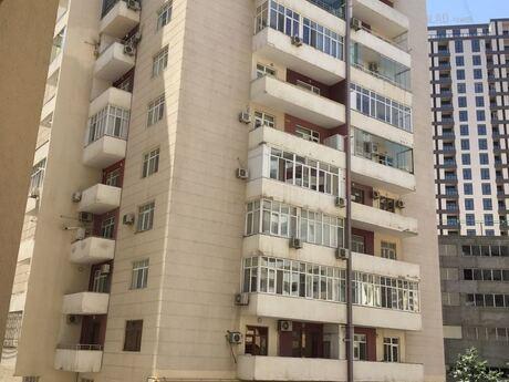 3-комн. новостройка - м. Эльмляр Академиясы - 128 м²