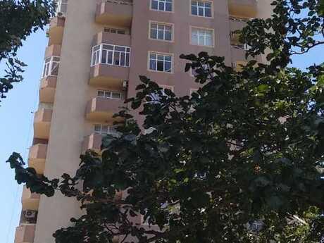 3-комн. новостройка - м. Насими - 101 м²
