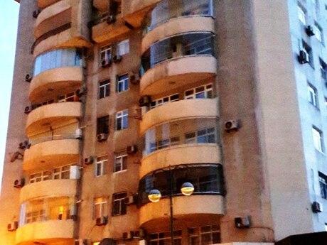 5 otaqlı yeni tikili - Elmlər Akademiyası m. - 245 m²