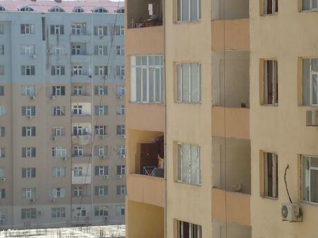 4-комн. новостройка - м. Иншаатчылар - 131 м²