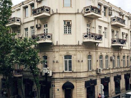 6 otaqlı köhnə tikili - Sahil m. - 260 m²