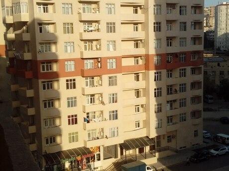 3-комн. новостройка - м. Ази Асланова - 130 м²