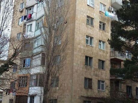 2 otaqlı köhnə tikili - Elmlər Akademiyası m. - 57 m²