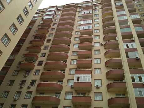 3-комн. новостройка - м. Мемар Аджеми - 155 м²