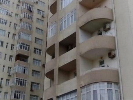 3 otaqlı yeni tikili - Xalqlar Dostluğu m. - 135 m²