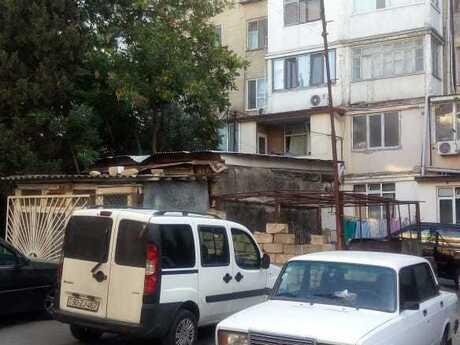 2 otaqlı köhnə tikili - Elmlər Akademiyası m. - 54 m²