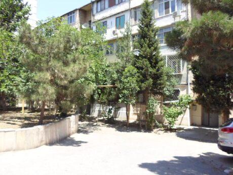 4 otaqlı köhnə tikili - İnşaatçılar m. - 115 m²