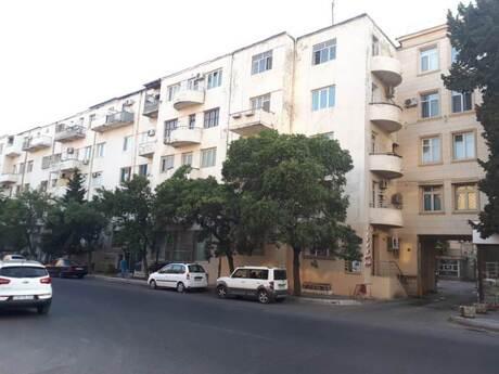 4 otaqlı köhnə tikili - Nəsimi r. - 80 m²