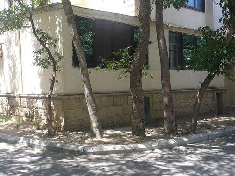 1 otaqlı köhnə tikili - Azadlıq Prospekti m. - 31.8 m²