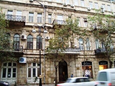 1 otaqlı köhnə tikili - Sahil m. - 45 m²