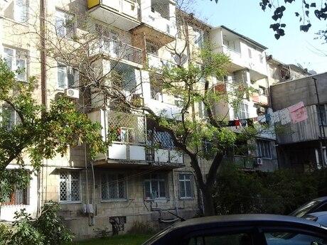 3 otaqlı köhnə tikili - Memar Əcəmi m. - 60 m²