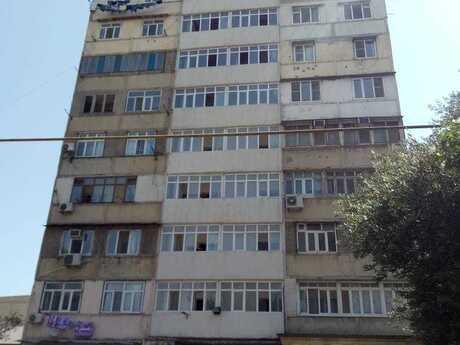 4 otaqlı köhnə tikili - Azadlıq Prospekti m. - 107 m²