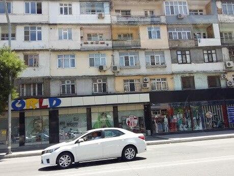 2 otaqlı köhnə tikili - Elmlər Akademiyası m. - 70 m²