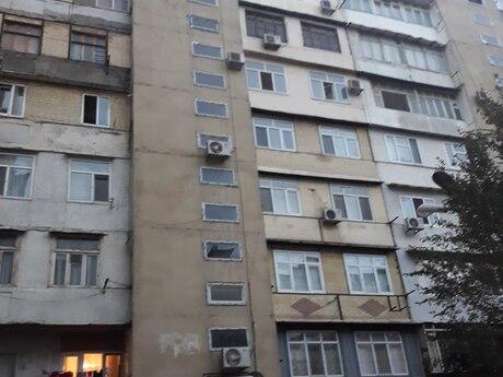 1 otaqlı köhnə tikili - 8-ci mikrorayon q. - 42 m²