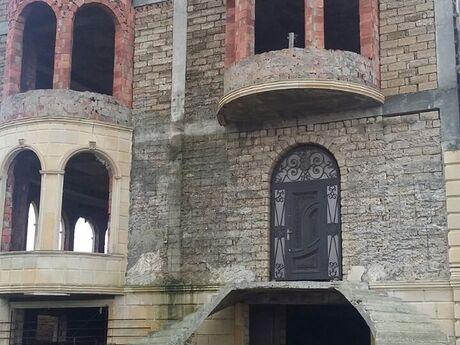 10 otaqlı ev / villa - Mərdəkan q. - 980 m²