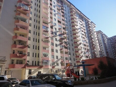 4-комн. новостройка - м. Ази Асланова - 125 м²