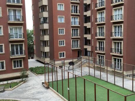 5 otaqlı yeni tikili - 28 May m. - 270 m²