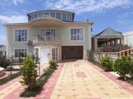 5 otaqlı ev / villa - Masazır q. - 520 m²
