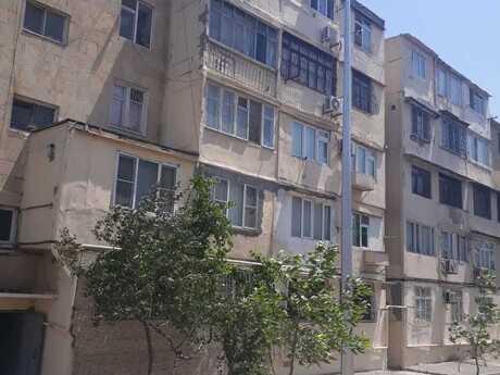 2 otaqlı köhnə tikili - Qara Qarayev m. - 45 m²