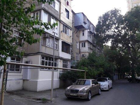 2 otaqlı köhnə tikili - Elmlər Akademiyası m. - 35 m²